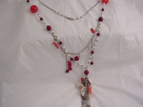Shell & Coral with Chain Tassles Necklace